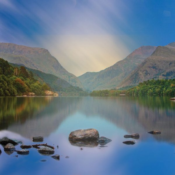 The lakes meditation series